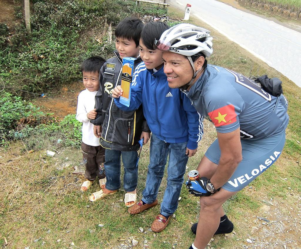 Tony Cruz cycling in Vietnam