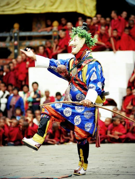 1200-bhutan-thimpu-festival-dancer